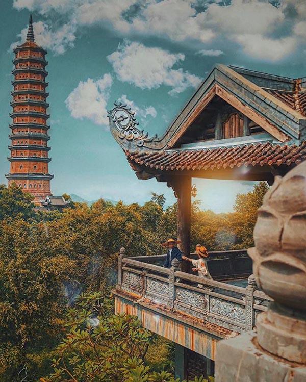 Bai Dinh Temple is taciturn