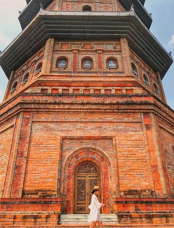 The tower at Bai Dinh pagoda.